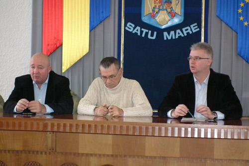 """Mircea Marian pofteşte la """"Ştrandul Tineretului"""""""