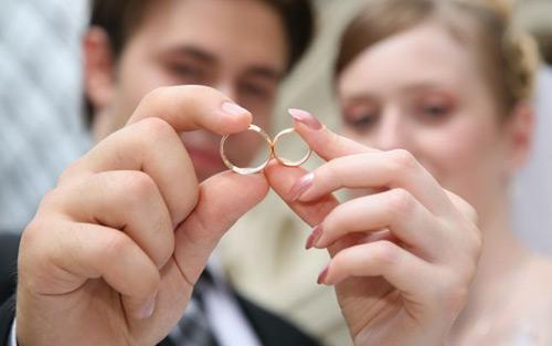 Căsătoriile pot fi programate on-line la Satu Mare