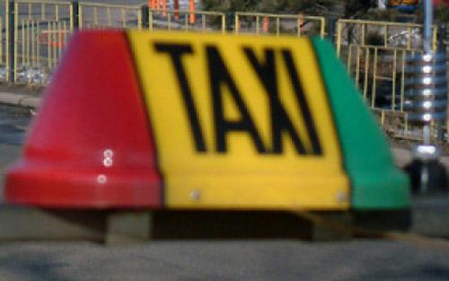 Bătaie între taximetrişti şi clienţi la Carei
