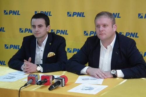 Tinerii liberali invitaţi să lupte pentru un loc pe listele PNL la europarlamentare