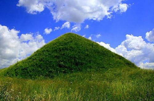 Piramidele de pământ din judeţul Satu Mare
