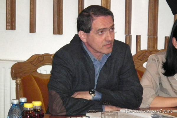Adrian Albu supărat pe primarul Dorel Coica