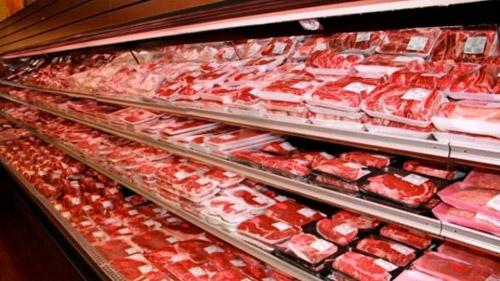 Percheziţii la Satu Mare în scandalul comercializării de carne alterată