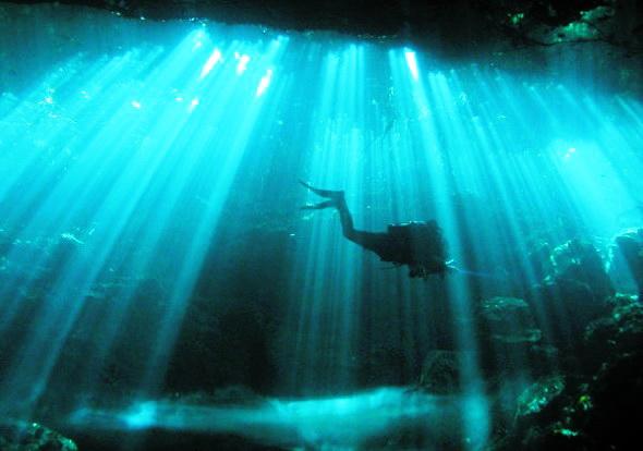 Misterul tunelurilor de sub Marea Neagră