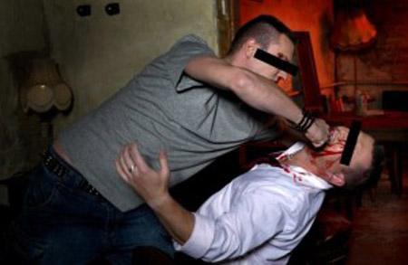 Poliţişti bătuți într-un bar din Lipău