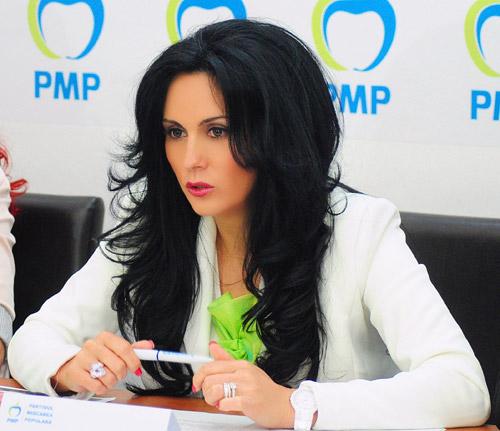Laura Bota critică decizia premierului Victor Ponta de a denuţa pactul de coabitare