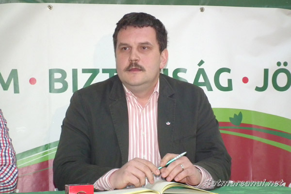 """""""Nicăieri în România nu există atâtea bannere puse ilegal ca în Satu Mare"""""""