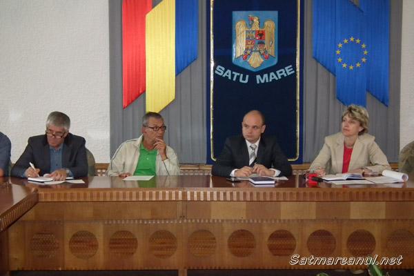 Mircea Marian cere ca pensionarii să plătească bilet de 5 lei la intrarea în ştrand