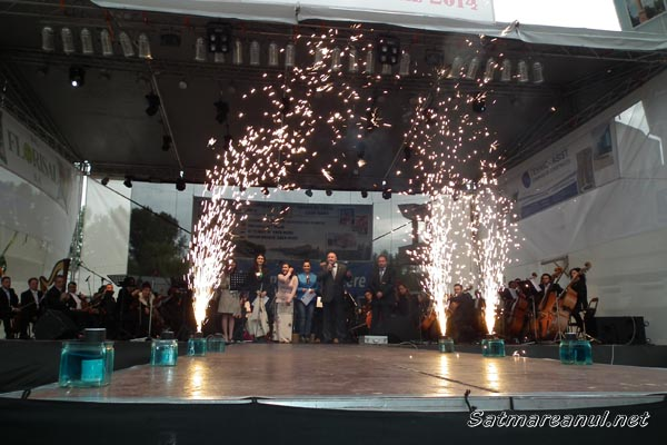 """A avut loc deschiderea oficială a """"Zilelor Oraşului Satu Mare"""" (foto)"""