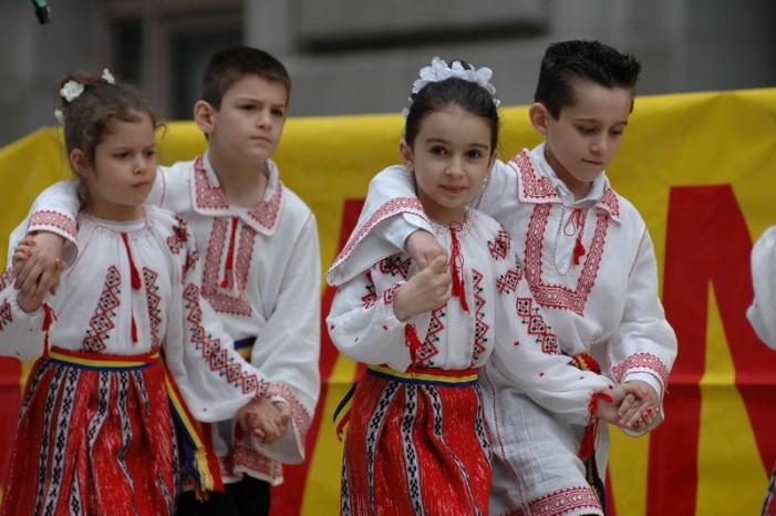 """Sătmăreanca Simona Miculescu, a participat la  """"Ziua  României pe Broadway"""""""