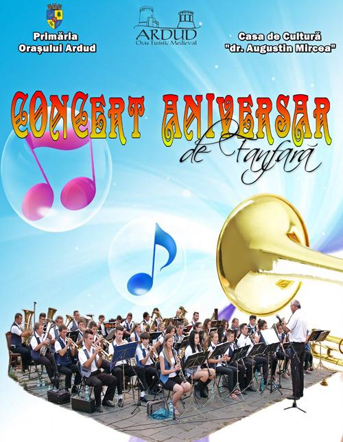 Concert de fanfară în curtea Cetăţii din Ardud