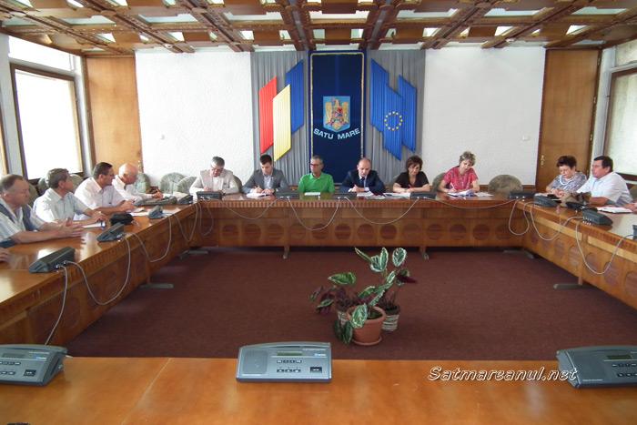 Mircea Marian cere gratuitate pe autobuzele Transurban pentru toţi pensionarii din municipiul Satu Mare