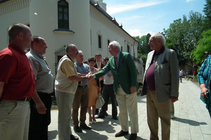 Nobilii familiei Károlyi din toată lumea, în vizită la castelul din Carei (galerie foto)