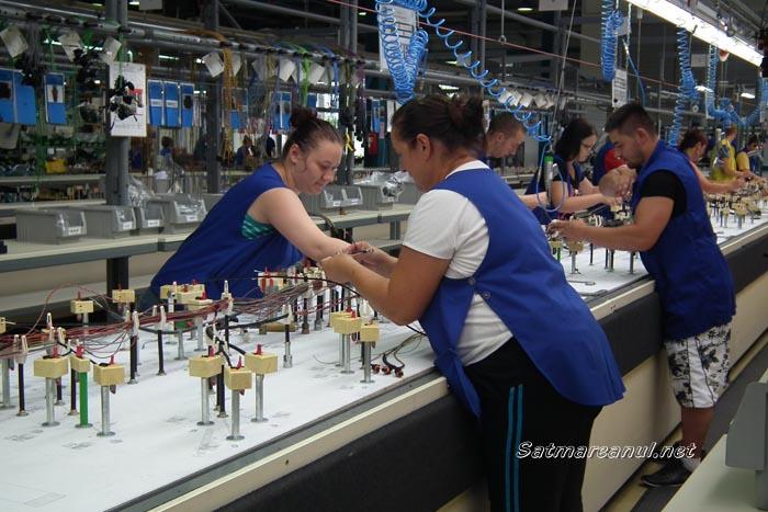 Germanii de la Draxlmaier se pregătesc să deschidă a treia fabrică din Republica Moldova
