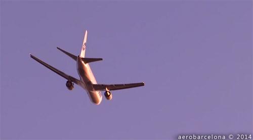 Două avioane, gata să se ciocnească pe aeroportul din Barcelona (video)