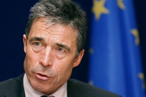 """Rasmussen: Există o """"probabilitate FOARTE RIDICATĂ"""" ca Rusia să intervină militar în Ucraina"""