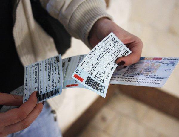 CFR-iști sătmăreni prinși cu bilete falsificate