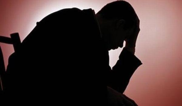 Un român din zece suferă de depresie
