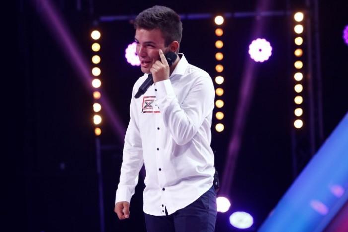 Fostul concurent de la X Factor, Rafaelo Varga, a fost adoptat de o familie din București