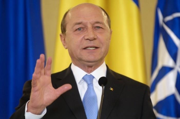 Tăriceanu iniţiază a treia suspendare a lui Traian Băsescu