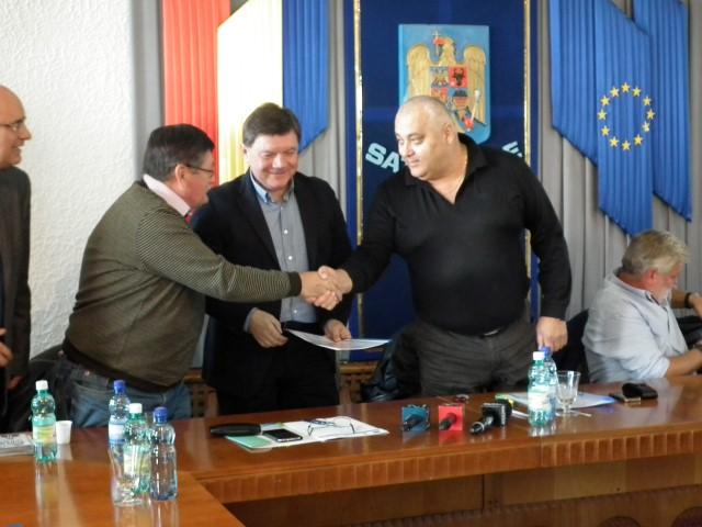 S-a semnat contractul pentru reabilitarea magistralei de apă între localitățile Doba și Carei