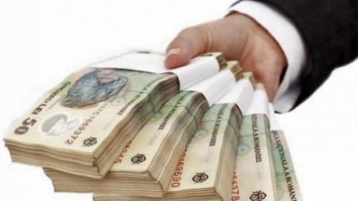 32.000 de tineri români vor beneficia de fonduri europene pentru a-și începe propria afacere