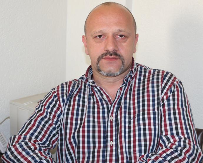 """Bogdan Nica: """"Klaus Iohannis, candidatul celui care oferă mai mult"""""""