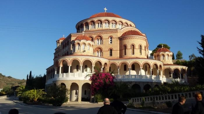 Zeci de preoți din Protopopiatul Satu Mare, în pelerinaj la locurile sfinte din Grecia