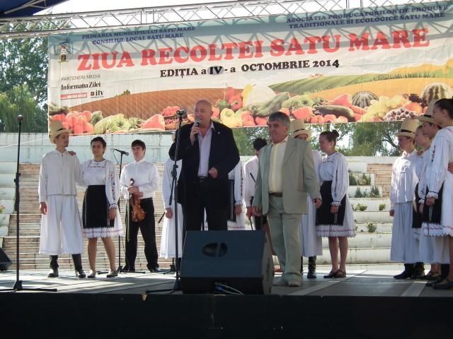 """Dorel Coica a deschis oficial """"Zilele Recoltei"""" de la Satu Mare (Galerie foto)"""