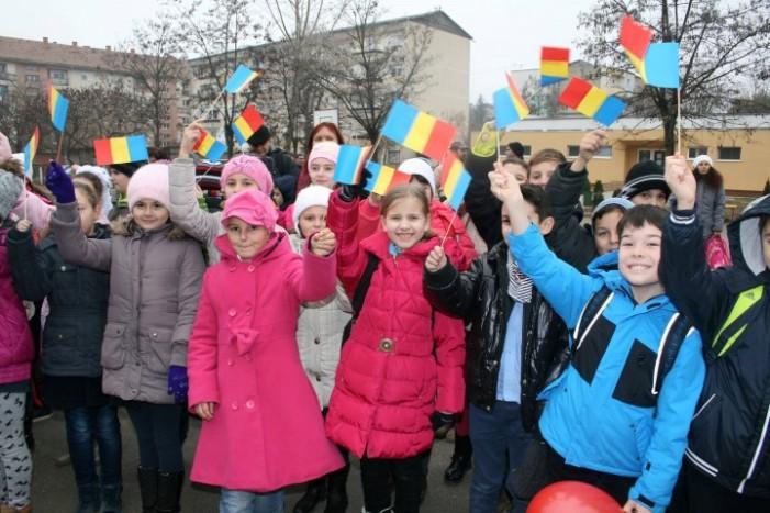 """Ziua de 1 Decembrie, marcată la Școala Gimnazială """"Octavian Goga"""" din Satu Mare"""