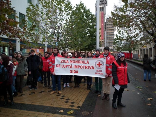 """""""Ziua Mondială de Luptă Împotriva HIV/SIDA"""", marcată printr-un marș la Satu Mare"""