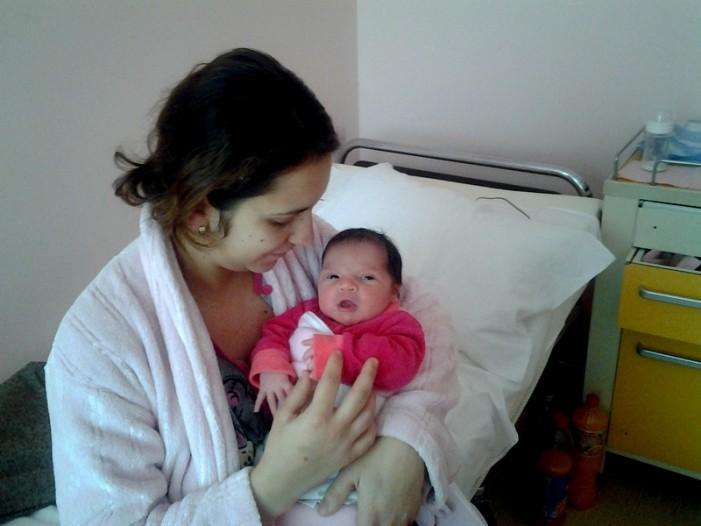 O fetiţă este primul copil născut în acest an la Satu Mare