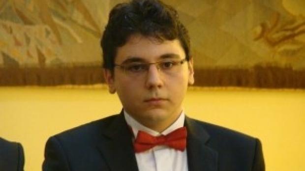 Cel mai bun elev din lume la Astronomie şi Astrofizică este român