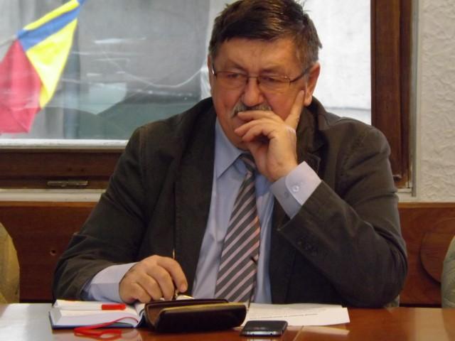 """Eugen Kovacs: """"Programul lucrărilor de utilități poate fi anunțat pe Facebook"""""""