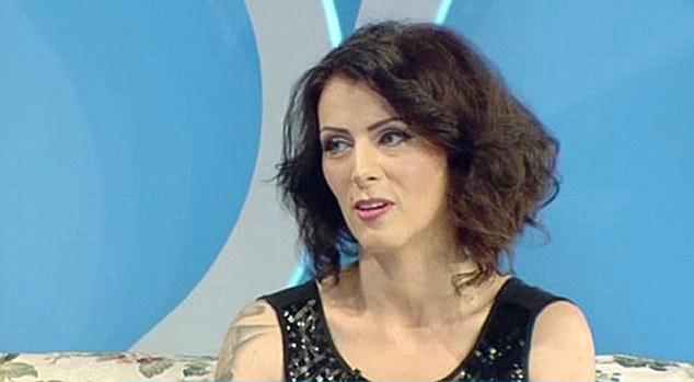 """Careianca Gabriela Ionescu, vedeta tabloidului britanic """"Daily Mail"""""""