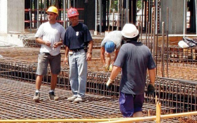 Muncitorii calificaţi în construcţii pot obţine contracte de muncă în Israel