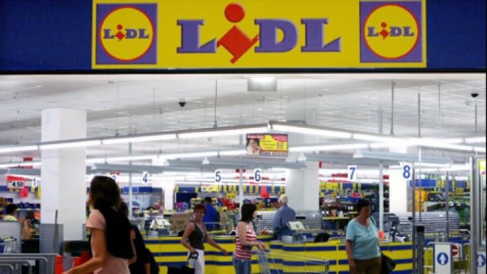 Lidl va deschide zece magazine în 2015