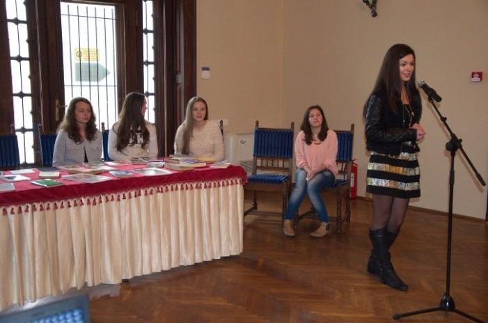 Maratonul poeziei românești