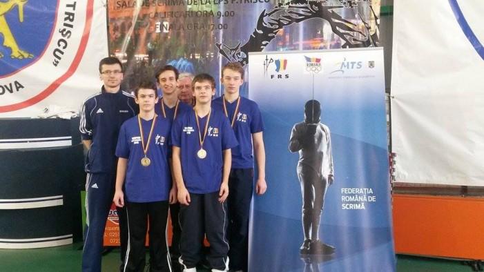 CS Satu Mare a câștigat Campionatul Național de spadă juniori, proba masculină pe echipe