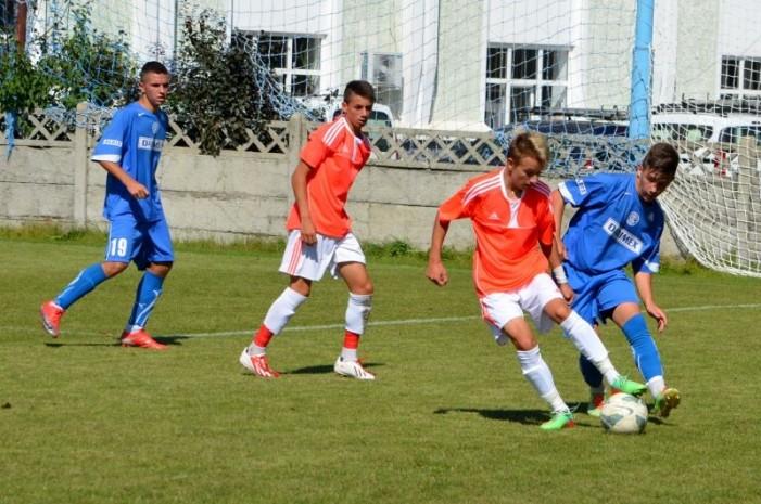 Fotbalistul Tony Kanaloș, convocat la lotul național U 17 pentru stagiul din Turcia