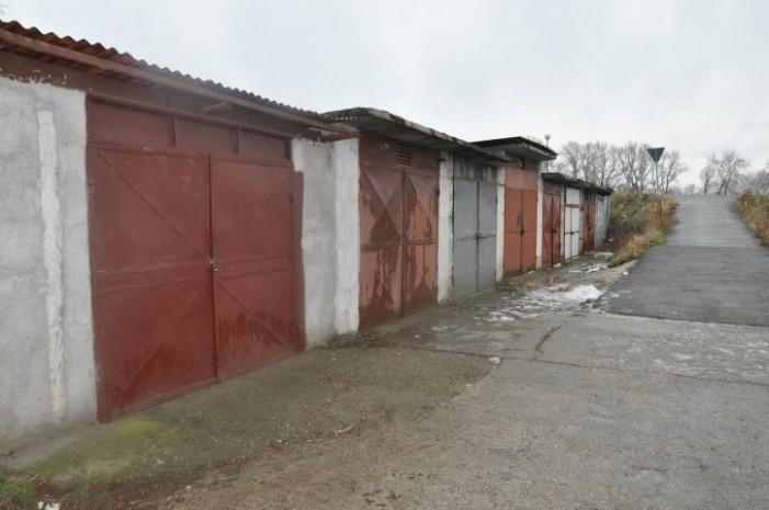 Aproape 3000 de garaje vor fi demolate în 2015