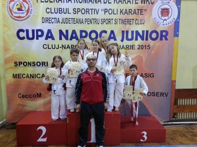"""Opt medalii la Cupa """"Napoca Junior"""", pentru karateka de la Zanshin Satu Mare"""