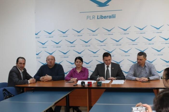 """Adrian Ștef: """"Iohannis mi-a cerut să-l schimb pe Mircea Govor cu oricine de la  PDL"""""""