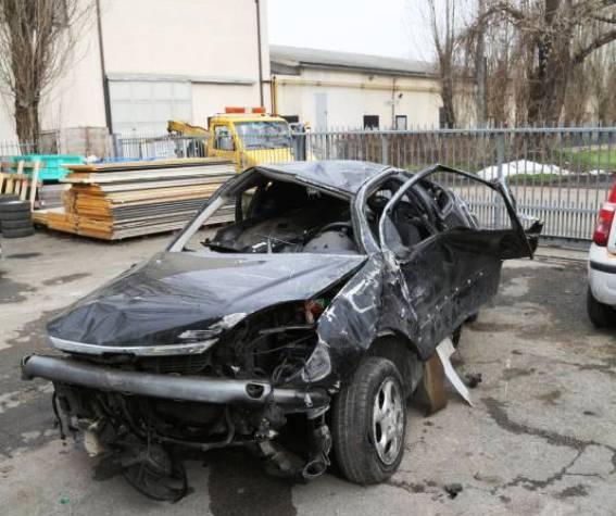 Sătmăreancă de 19 ani, moartă într-un accident de circulație în Italia