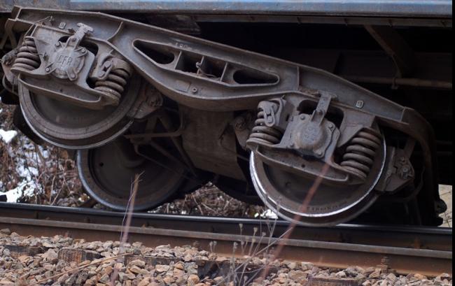 Două vagoane cu GPL au deraiat la Halmeu