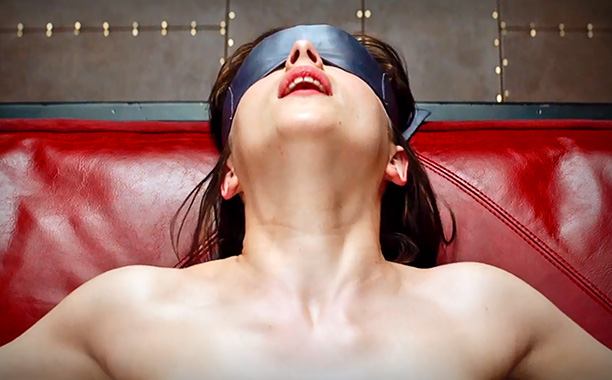 Cel mai tare review al filmului Fifty Shades of Grey
