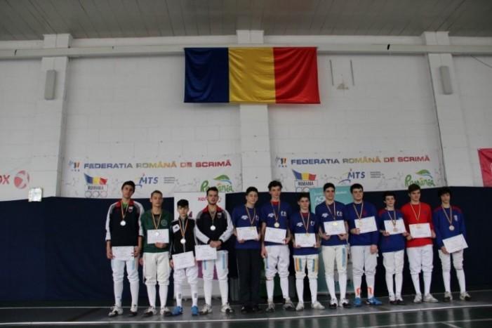 Floretă masculin: CS Satu Mare, locul II la proba pe echipe, la Campionatul Național de juniori