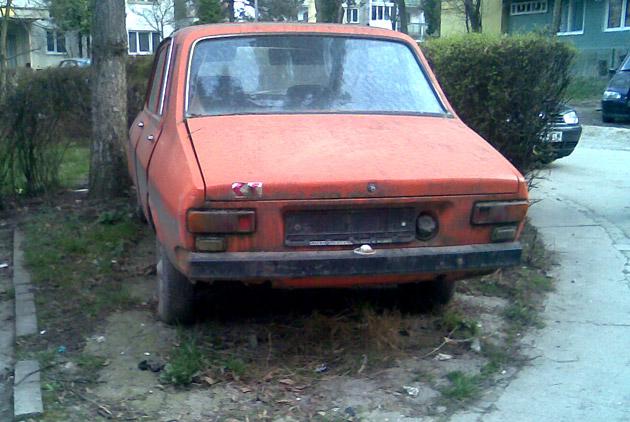 Vânătoare de mașini abandonate în municipiul Satu Mare