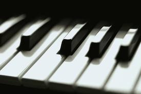 """Concursul județean de interpretare pian """"Prietenii Muzicii"""" Satu Mare"""