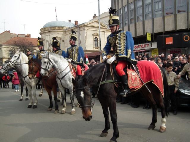 Marș cu husari prin centrul Sătmarului (Foto)